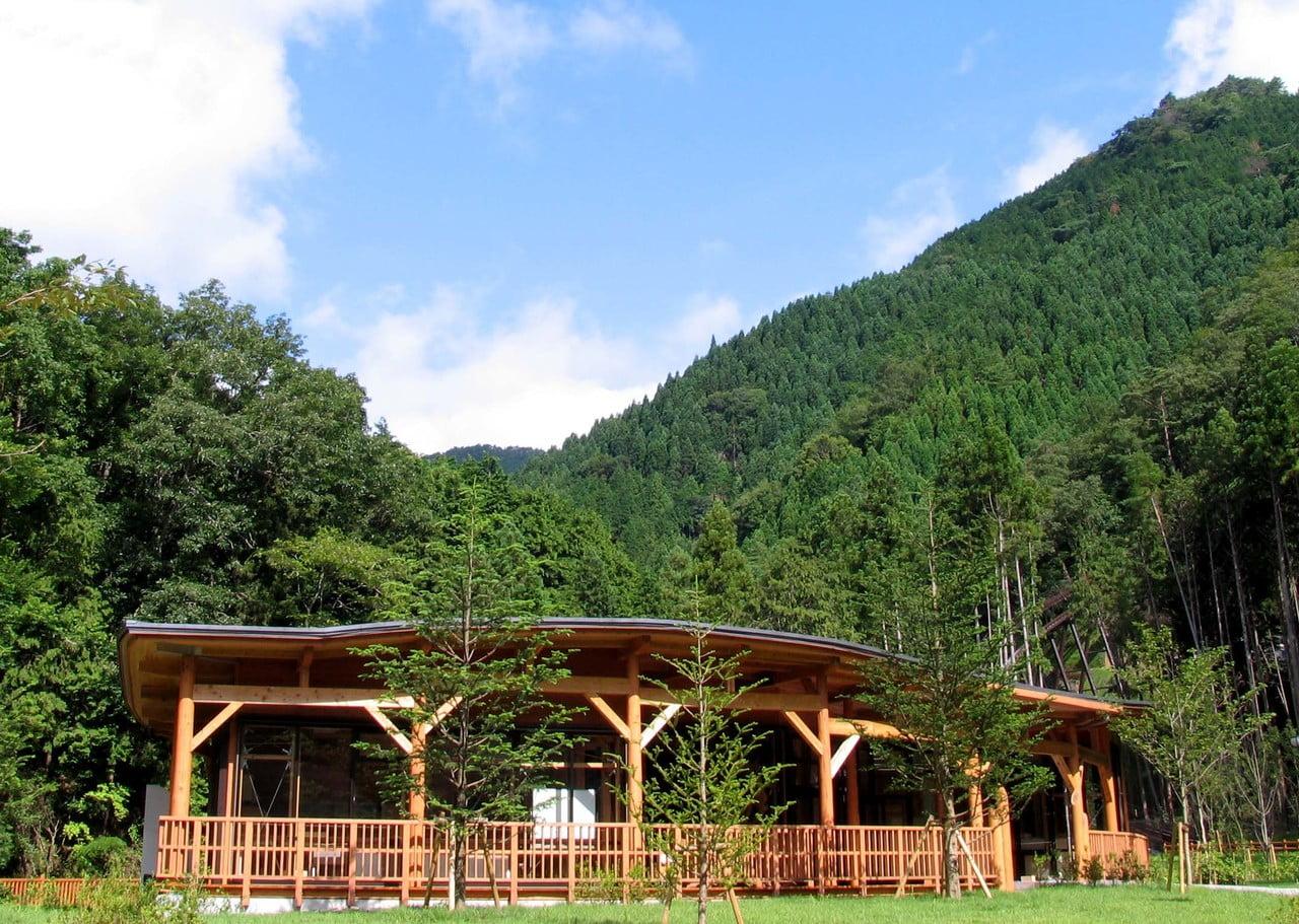 県立国見の森公園プログラム 森の草木染め体験