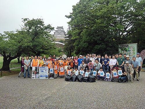 姫路城お城のそうじ