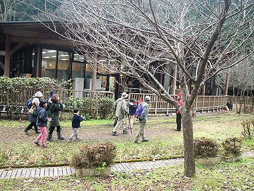 県立国見の森公園プログラム 国見の森自然観察会(冬の国見の生物をみてみよう)