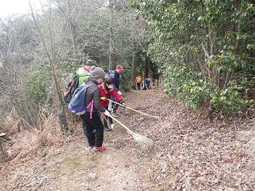 県立国見の森公園活動プログラム 遊歩道の整備 ボランティア活動