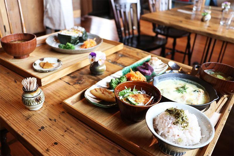 【福崎】古民家カフェ「農家のごはん ことほぎ」で身体がよろこぶ優しいランチ