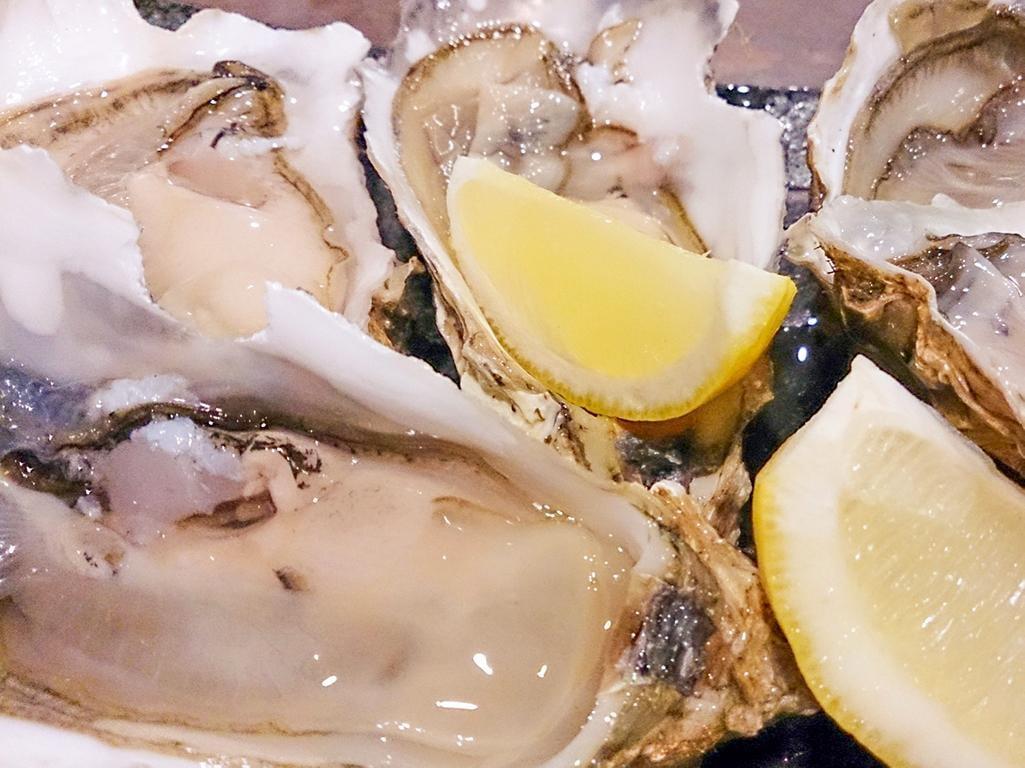 カキ汁無料配布あり「かきフェア2020」【姫路とれとれ市場】新鮮な牡蠣を堪能!