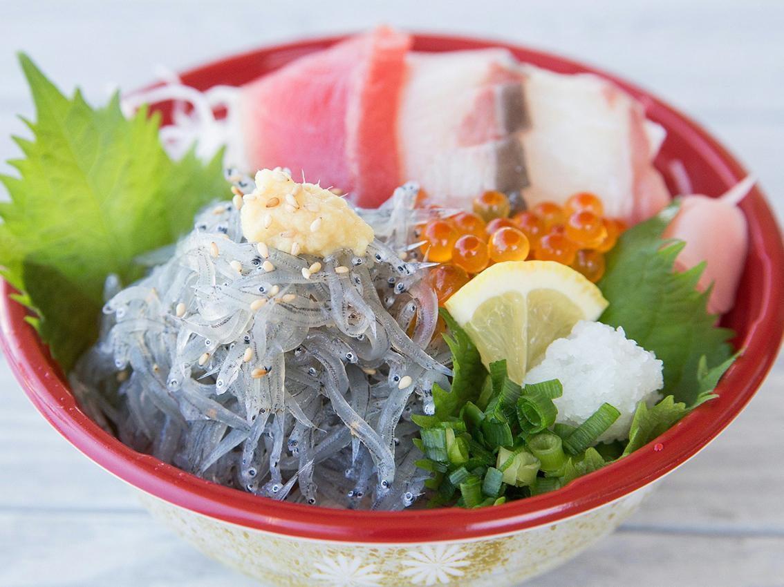 【淡路島】旬の時期しか食べられない!おすすめ生しらす丼5選
