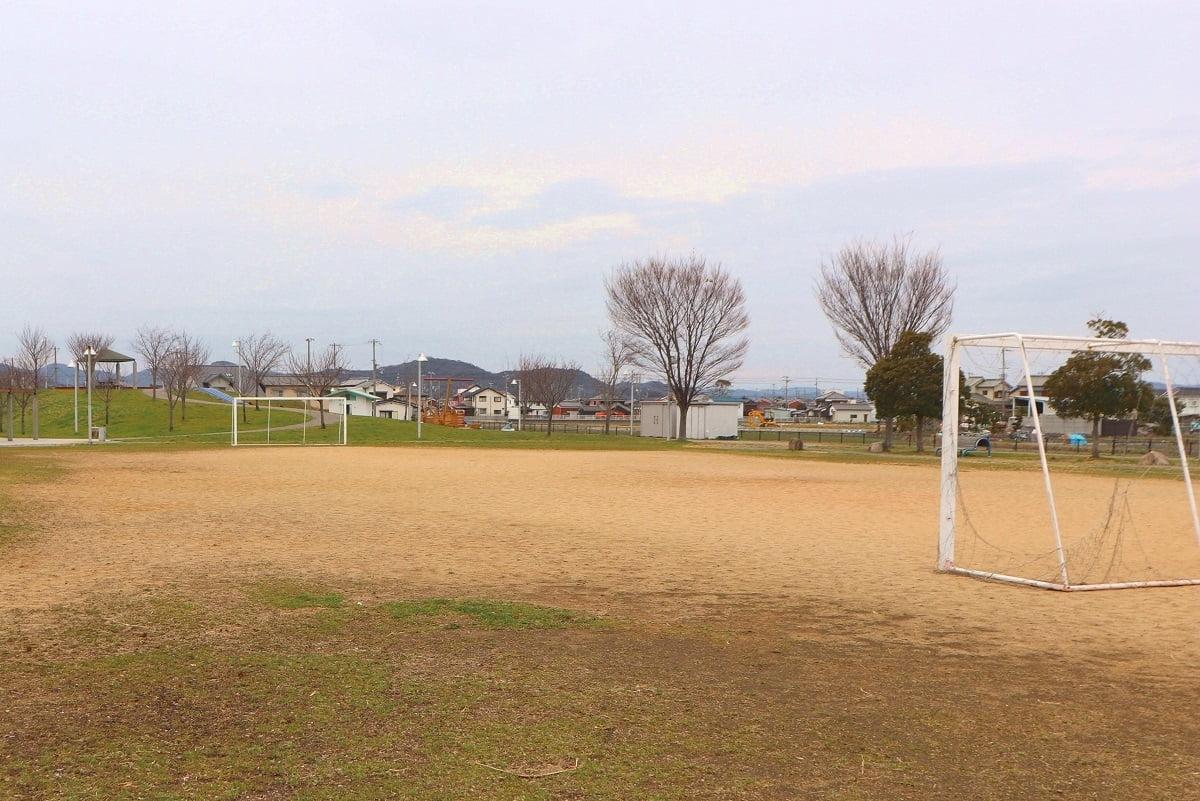 サッカーグラウンド.jpg