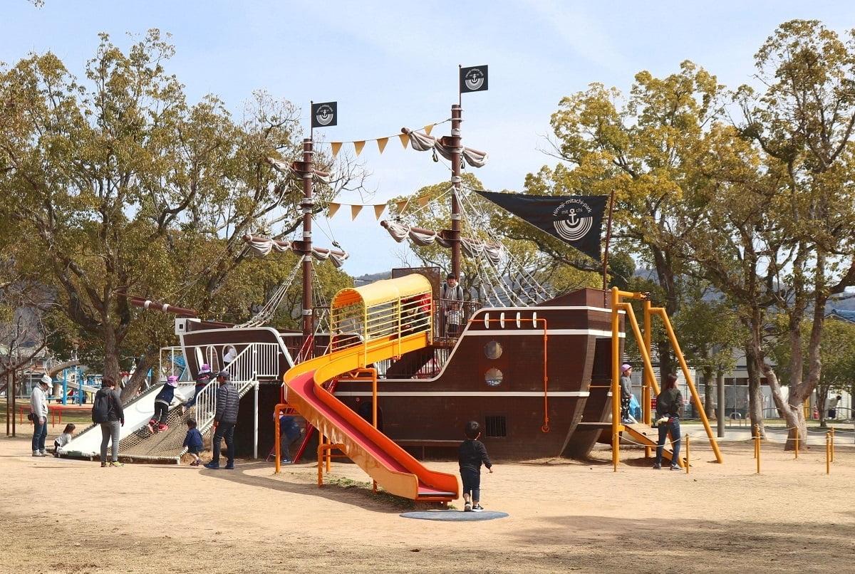 海賊滑り台.jpg