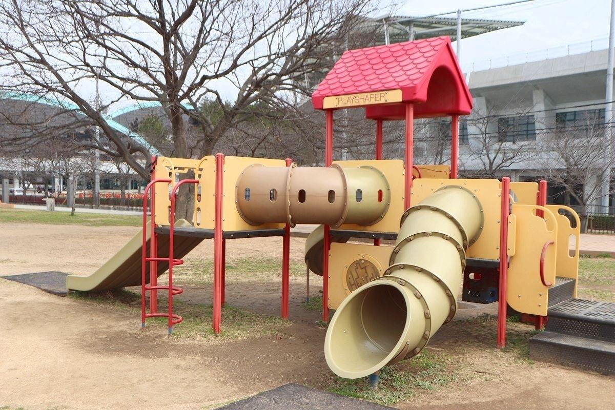 幼児向け遊具.jpg